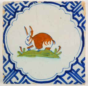 Antique Delft tile with a polychrome hare in Wanli, 17th century